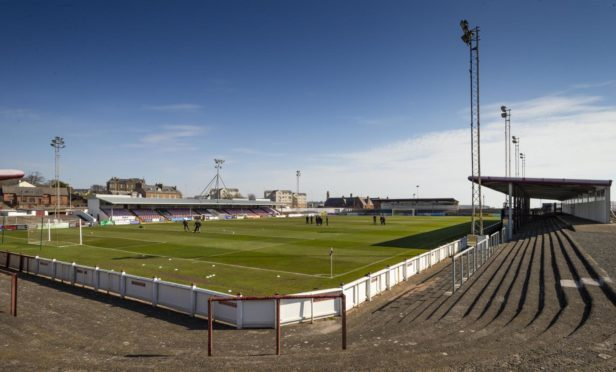 Arbroath welcomed Inverness to Gayfield for the Championship opener