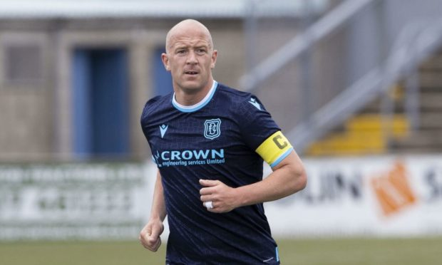 Charlie Adam believes he can help Leigh Griffiths hit the net for Dundee.