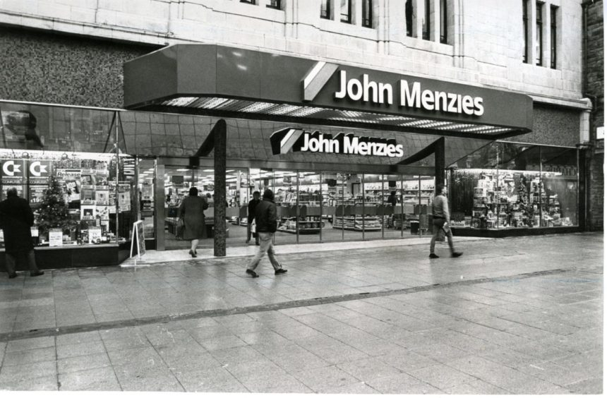 The glory years of John Menzies in Dundee's Murraygate are being celebrated.