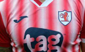 'Oh ya dancer!' Fans react on social media as Raith Rovers unveil candy stripe away kit
