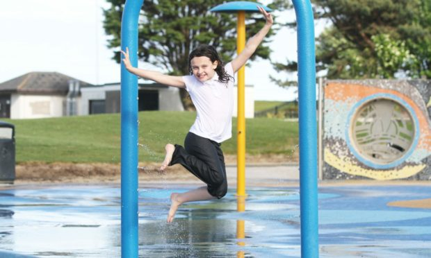Broughty Ferry splash pool is looking to open up again after being closed for almost two years.