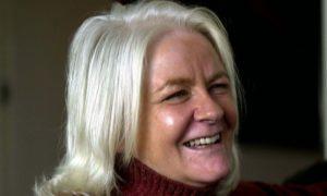 Isla Dewar: Best-selling author, humanitarian, mother and wife to illustrator Bob Dewar.