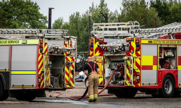 deliberate fife fire