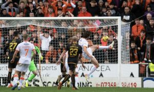 Dundee United 2-1 Motherwell: Charlie Mulgrew magic sends Tam Courts' side level on points at the Premiership summit