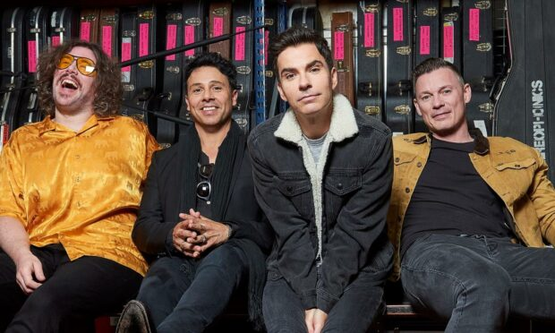 Stereophonics to rock Dundee's Caird Hall in 20th anniversary album celebration