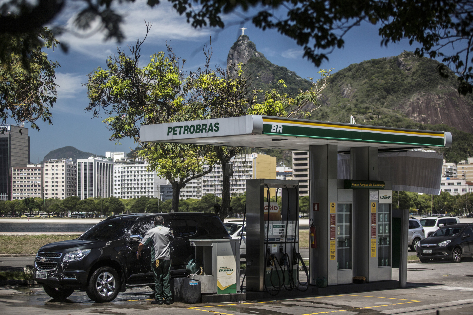 Petrobras to pay $3bn to end US class action over graft