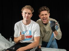 Niall Horan makes major error as he tattoos Roman Kemp's leg for charity (Global/Capital Breakfast)