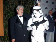 George Lucas arrives.