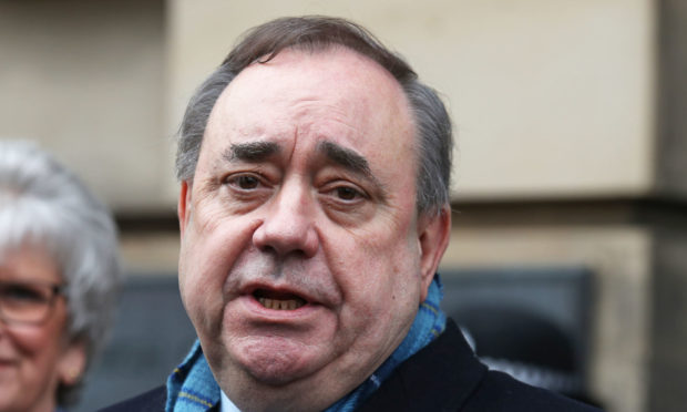 Scotland's former top civil servant claims Alex Salmond could display 'bullying and intimidatory' behaviour but says no formal complaints made