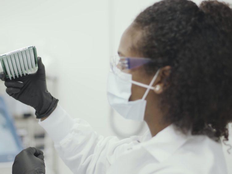 A scientist working on the Moderna coronavirus vaccine (Moderna)