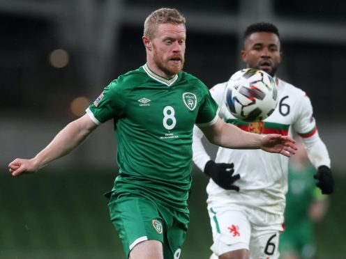 Daryl Horgan (left) and Bulgaria's Cicinho battle for the ball (Brian Lawless/PA)