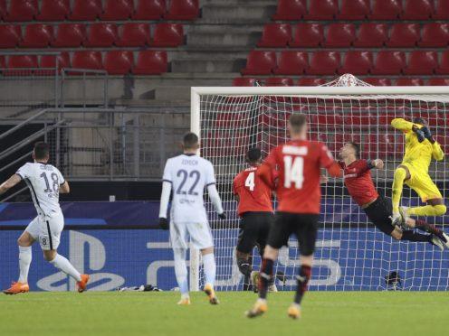 Olivier Giroud, left, scored Chelsea's winner at Rennes (David Vincent)/AP