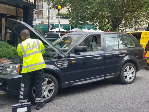 An AA patrol works on a 2006 Land Rover Range Rover Sport diesel-engined vehicle in central London. Three more recent models from the same brand have appeared within the bottom five of the What Car? Reliability Survey 2018 for vehicles which are less than four years old.