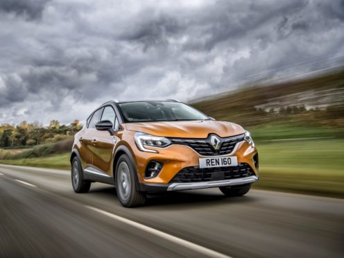 Electric assistance means the Captur can travel for up to 31 miles on EV power alone
