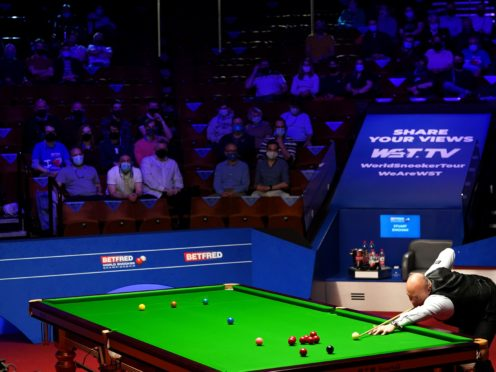 There were some early issues for both Stuart Bingham and Mark Selby in their World Championship semi-final (Zac Goodwin/PA)