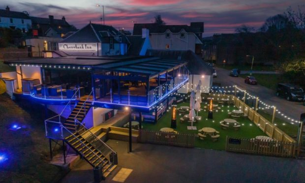 More than 5,000 bookings in two weeks for Cherrybank Inn as former St Johnstone player unveils its new look