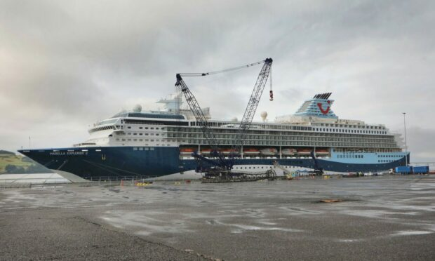 Cruise ship Marella Explorer 2 docks in Dundee