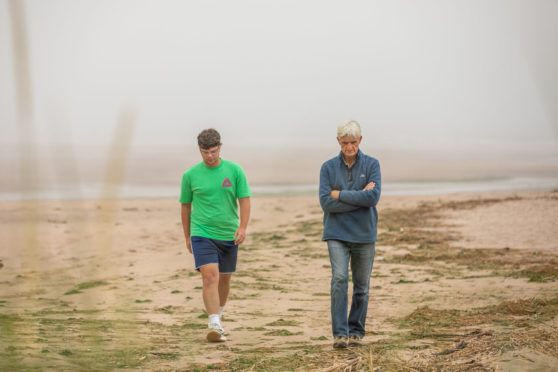 'There could have been fatalities': Pair describe moment they helped rescue six girls from water off Lunan Bay in Angus