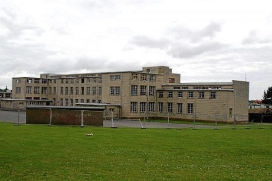 Houses mark 'final piece of jigsaw' for former Dundee school site