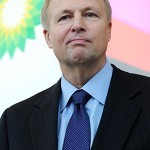 BP shareholders approve reduced Dudley pay and new pay policy