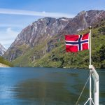 Norway 'at odds with climate promises'