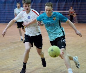 Michael Ellis (left) Darren Quigg tackle for the ball. PICTURE IAIN FERGUSON, THE WRITE IMAGE. F12 Indoor Football 2no IF