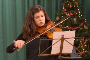 Violinist Amy Paterson