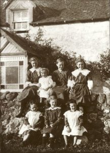 Betty as a girl with her six sisters. Back row: Jean Campbell, Jessie Munro, Agnes Kennedy, Mary Hodge. Front row: Betty Paxton, Nan Campbell, Gracie Connell.