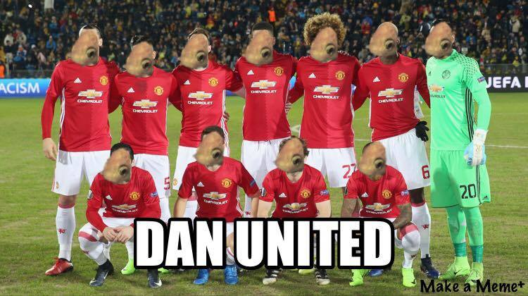 Daniel the Golfish in the 'Dan' Utd squad. NO_T02_DanielTheGoldfish04