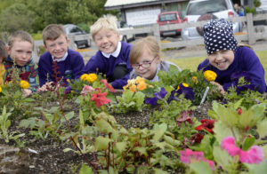 Final day of the Seed to Supper project fpr pupls of lundavra School as they examine some of the flower beds they planted. Picture iain Ferguson, alba.photos IF F26 LUNDAVRA SCHOOL FLOWER BEDS