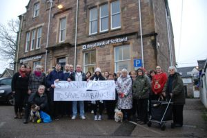 Protests outside the RBS Inveraray branch in December 2017