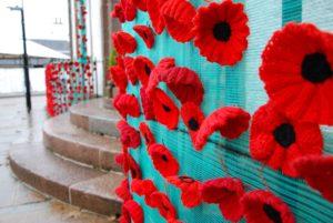 The stunning Inveraray poppy display around the parish church. 06_a45Inv_Poppies02