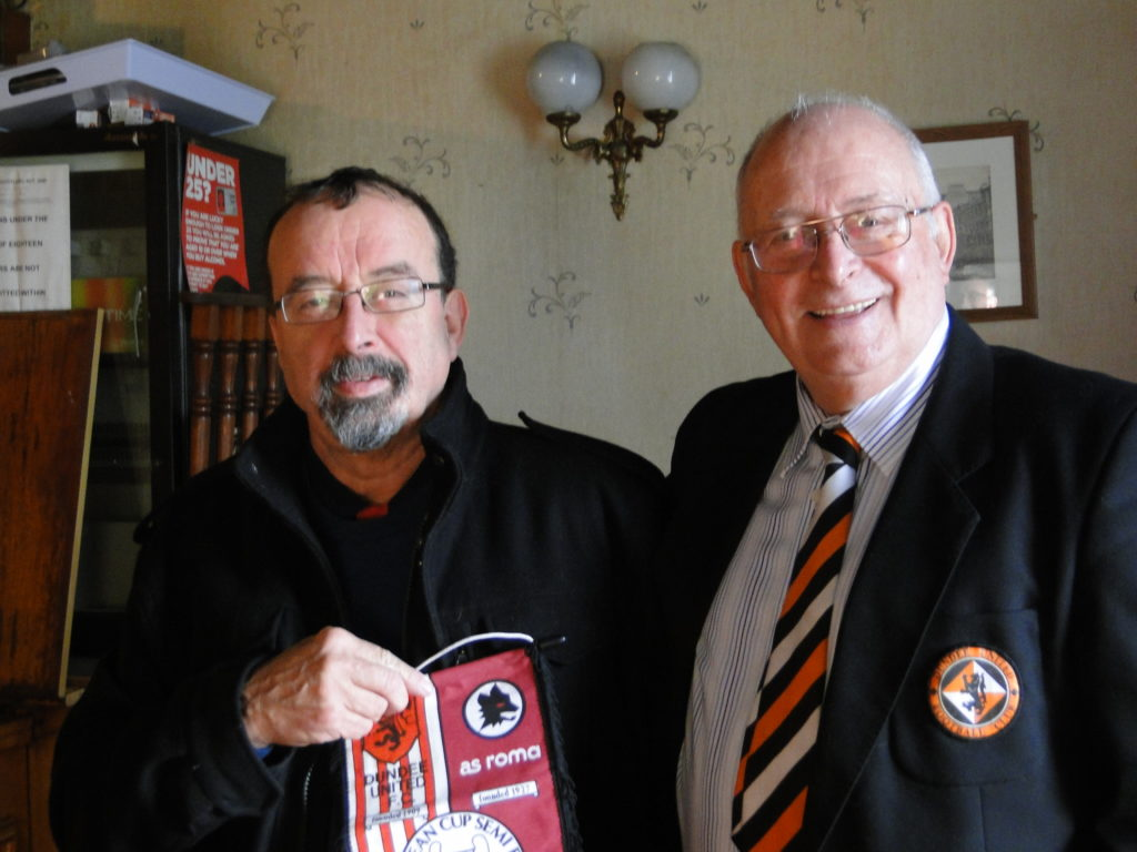 Douglas Fisher gifts Kenny Evans Dundee United memorabilia. NO_T09_Lochavullin Bar