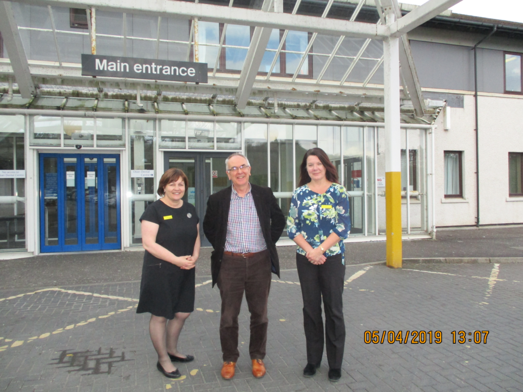 NHS Highland's interim chairman Professor Boyd Robertson visited Oban's Lorn and Islands Hospital. NO_t18_hospitalvisit01