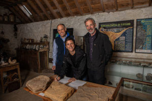 SNH operations officer Alex Turner, MInister Mairi Gougeon and Staffin Museum's Dugald Ross.