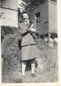Catherine in uniform during the Second World War. NO F19 CatherineDrummond archive