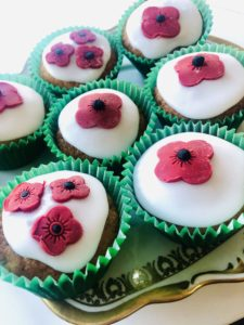 It is hoped people across the country will hold their own parties to mark the anniversary. NO F19 poppy cakes