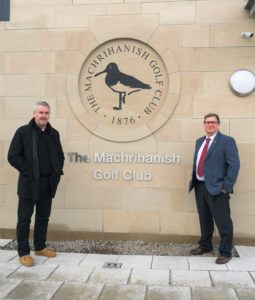 Barry Colville, managing director of McKinven and Colville Ltd, left, and club caption William Livingston, right.